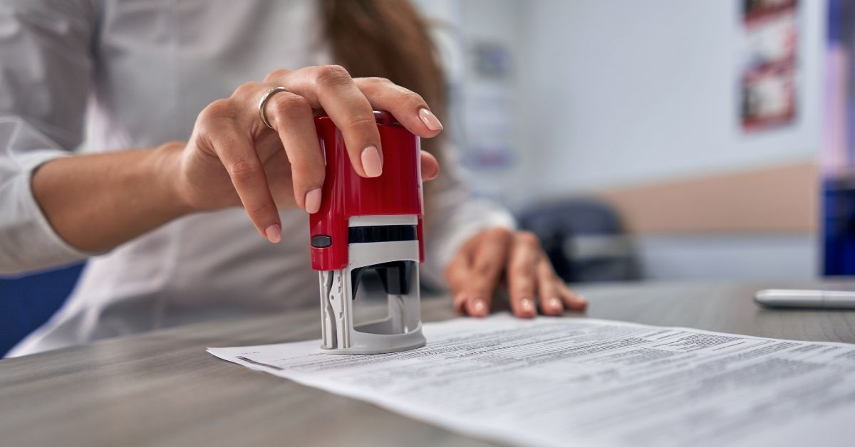 Dovere agente immobiliare registrazione contratti